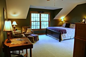 The bed in the Royal Fern Room was just changed to a sleigh-style king size. Other room with king size bed are the Winterberry, St. Croix and Owners' Suite.